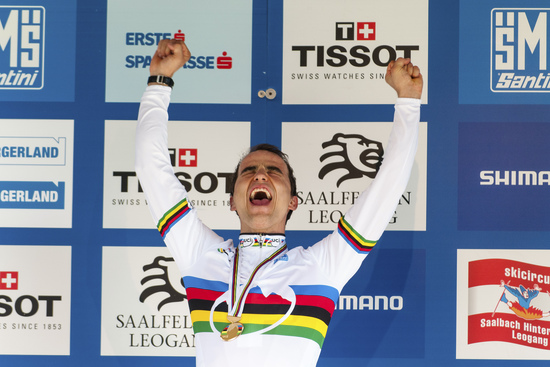Rainbow jersey, again: Nino is the new World Champion.