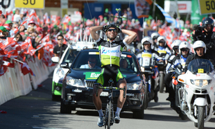 Michael Albasini Solos to Victory in Arosa