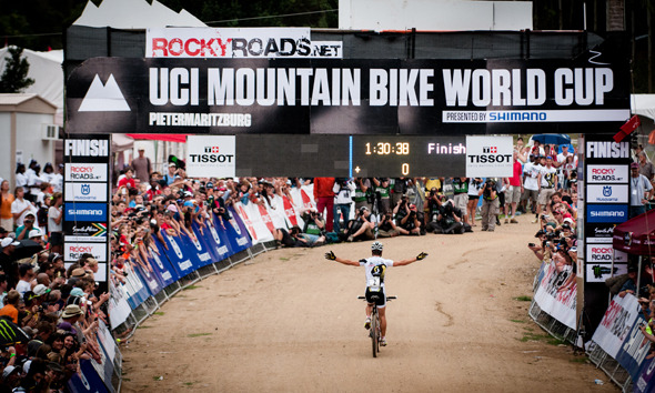 Grand Slam Saturday: Nino Schurter wins XCO World Cup in Pietermaritzburg