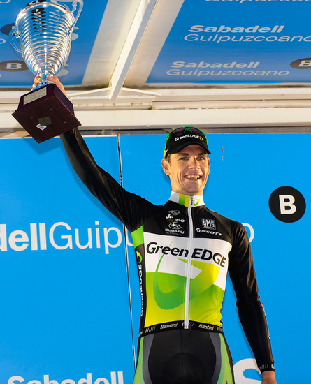 Daryl Impey wins Stage 2 on Tour of Pais Vasco