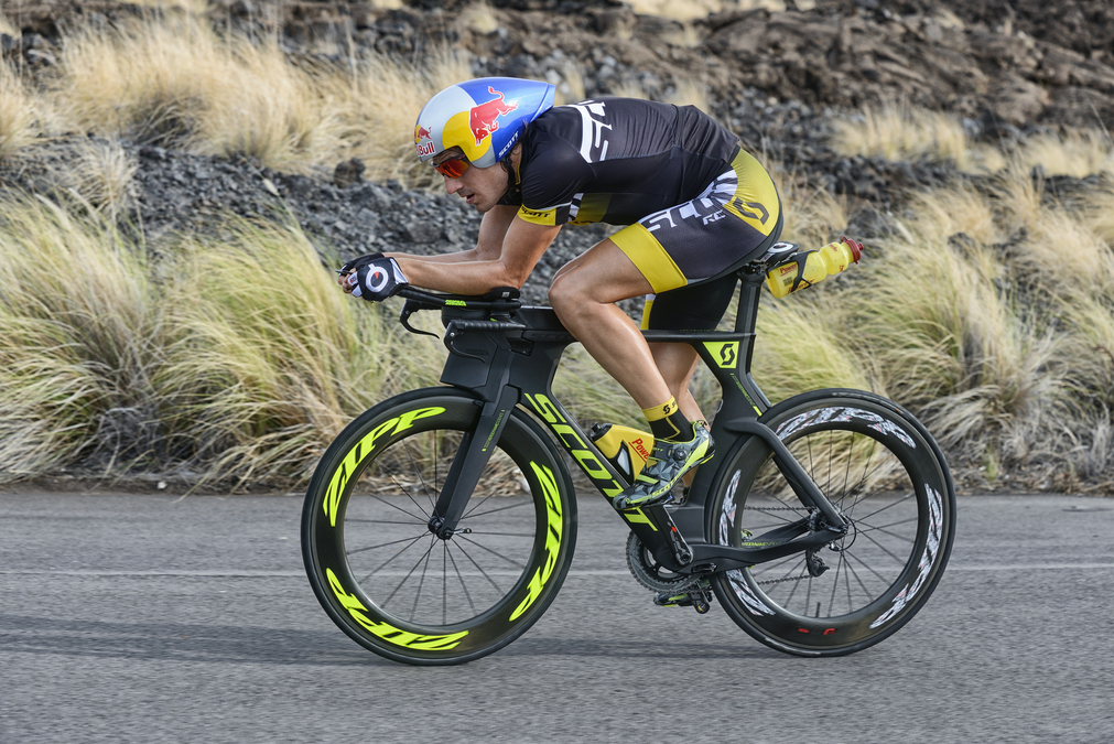 Sebastian Kienle Wins IM World Championships on the New SCOTT Plasma 5!