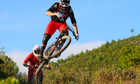 Opposites Attract: Brendan Fairclough and Nino Schurter at the EWS Final