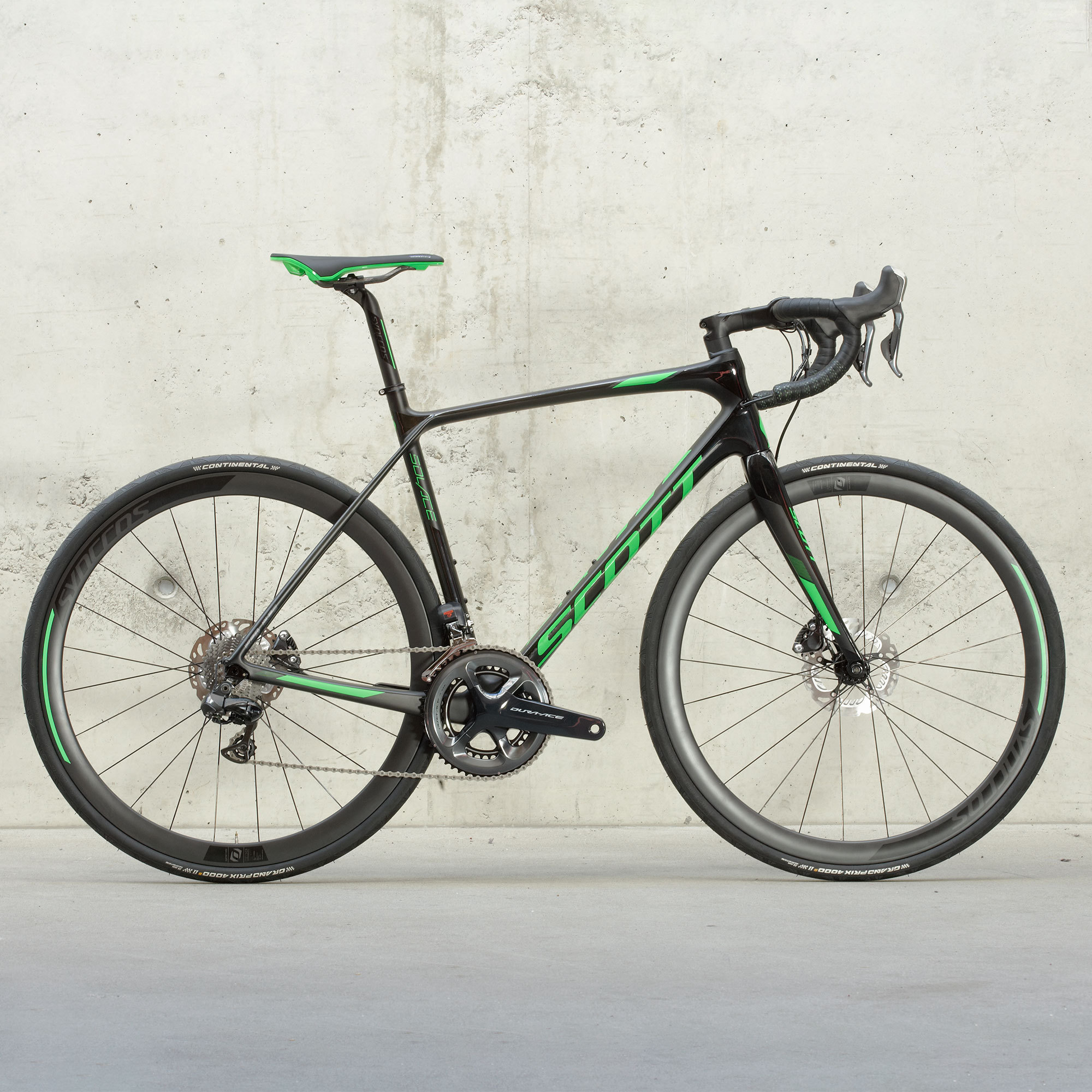 Vélo SCOTT Solace Premium Disc