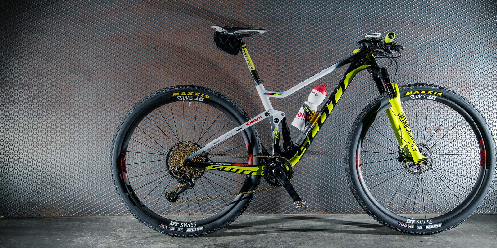 The Perfect Bike Set-Up for a Mountain Bike Stage Race  cfbf61709
